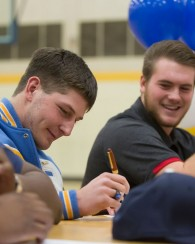 Nine Raiders sign national letters of intent