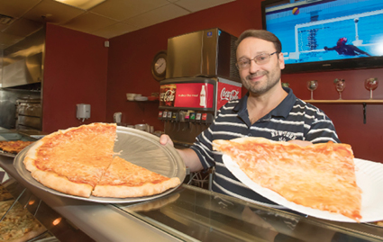 Local Pizzeria Offers 'True New York' Pies