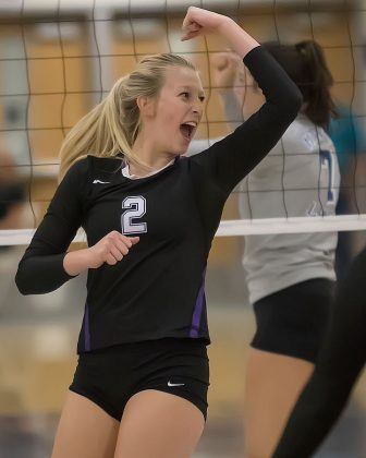 Volleyball: Bennett bounces inside, Cougs bounce back