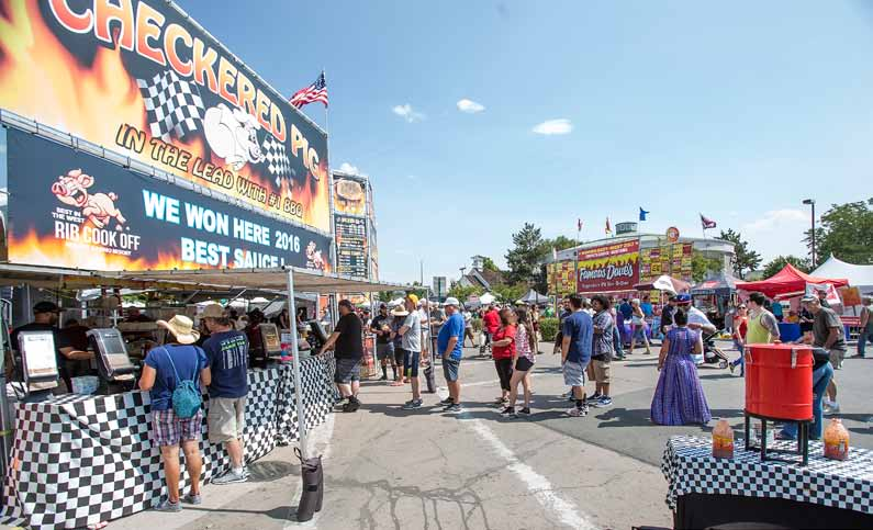 Large Crowds Fill Victorian Square for Annual Rib Cook-Off
